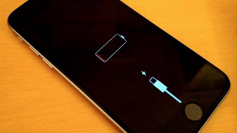 sạc pin iphone sai cách cạn kiệt pin