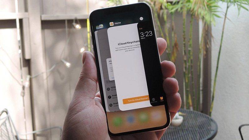 tắt ứng dụng trên iPhone xs max