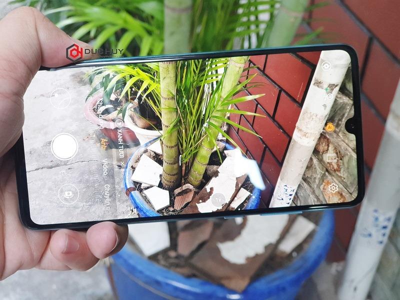 huawei p30 rẻ hơn 7 triệu giao diện camera