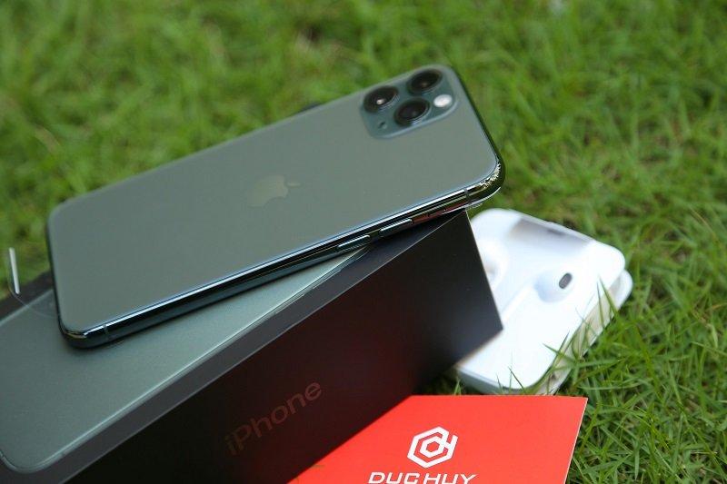 Thiết kế iPhone 11 Pro Mỹ màu xanh