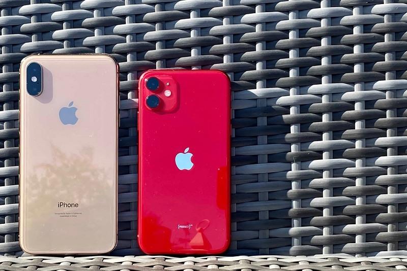 Có 16 triệu, nên mua iPhone 11 hay iPhone Xs Max?