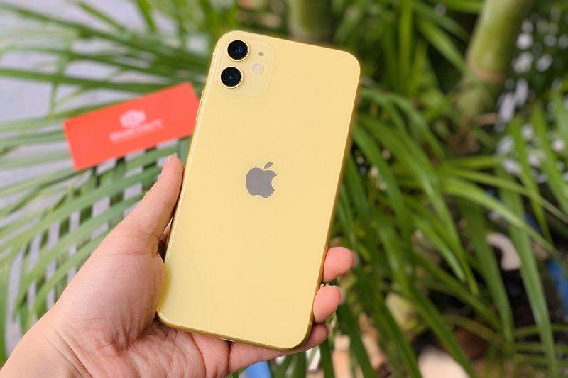 chọn iphone 11 hay iphone xs max màu vàng