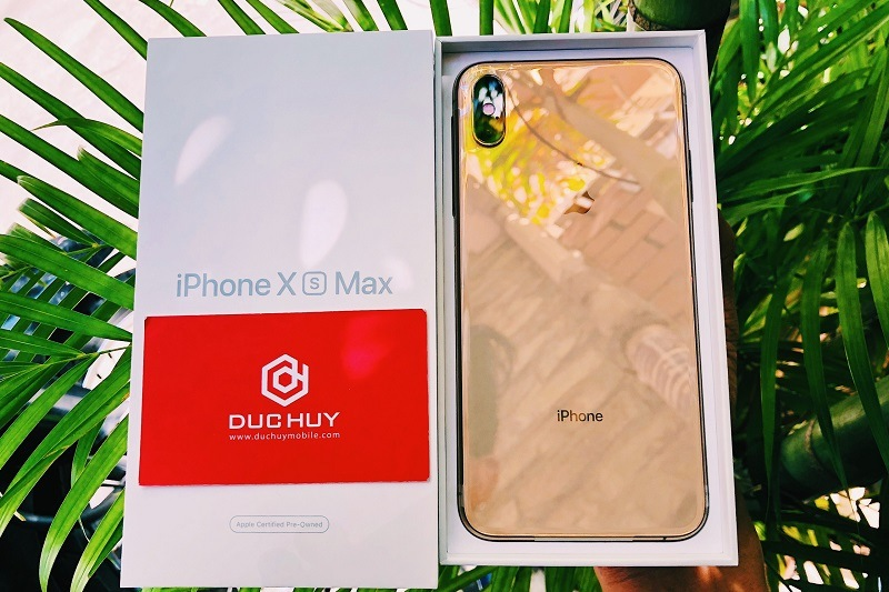 chọn iphone 11 hay iphone xs max thiết kế
