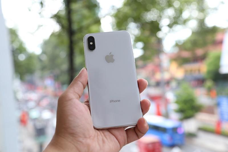 iphone x có thiết kế nhỏ gọn.