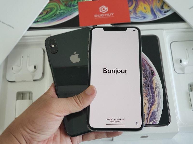 đánh giá iphone xs max lock cấu hình