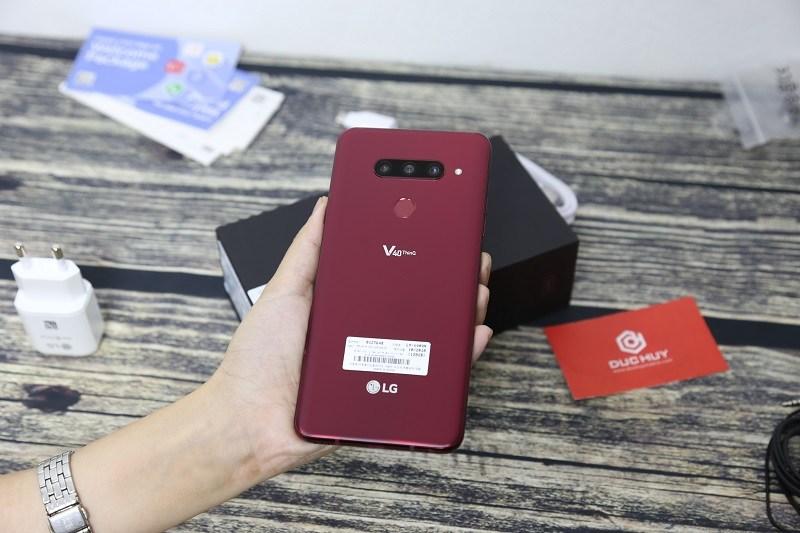 đánh giá lg v40 thinq thiết kế