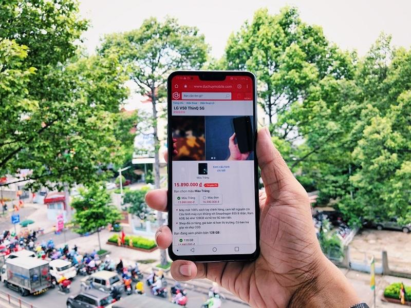 Mở hộp LG V50 ThinQ 5G tại Đức Huy Mobile - 263408
