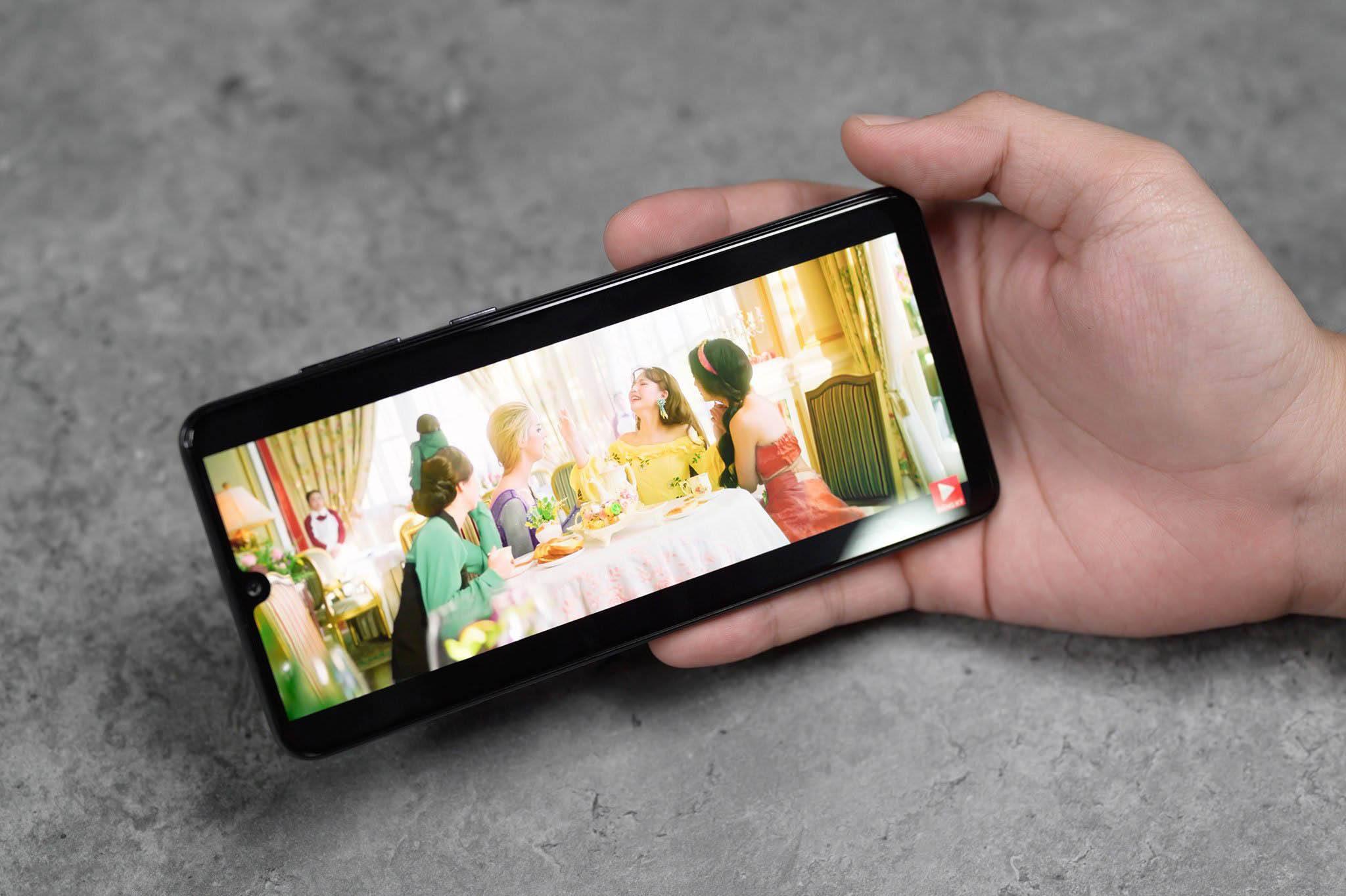Màn hình Samsung Galaxy A31 lớn đẹp rõ nét