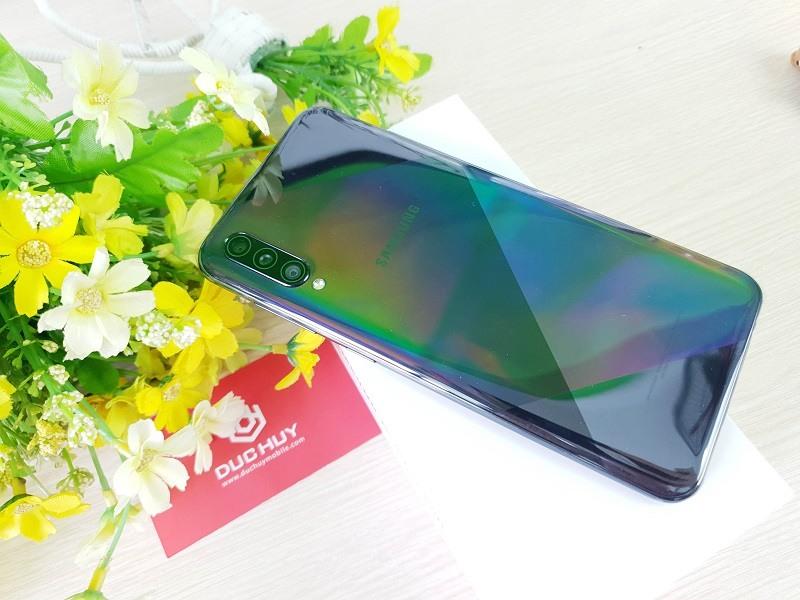 Thiết kế Galaxy A50s