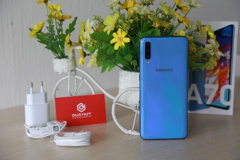 mua galaxy a70 smartphone tầm trung máy