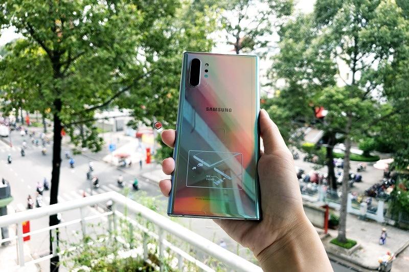 Samsung Galaxy Note 10 Plus 5G màu ánh cực quang