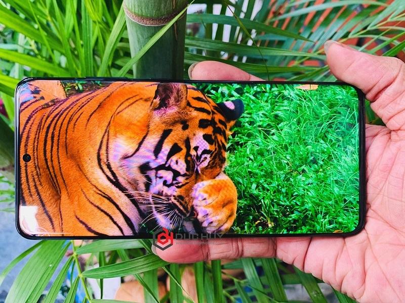 Galaxy S20 Ultra màn hình