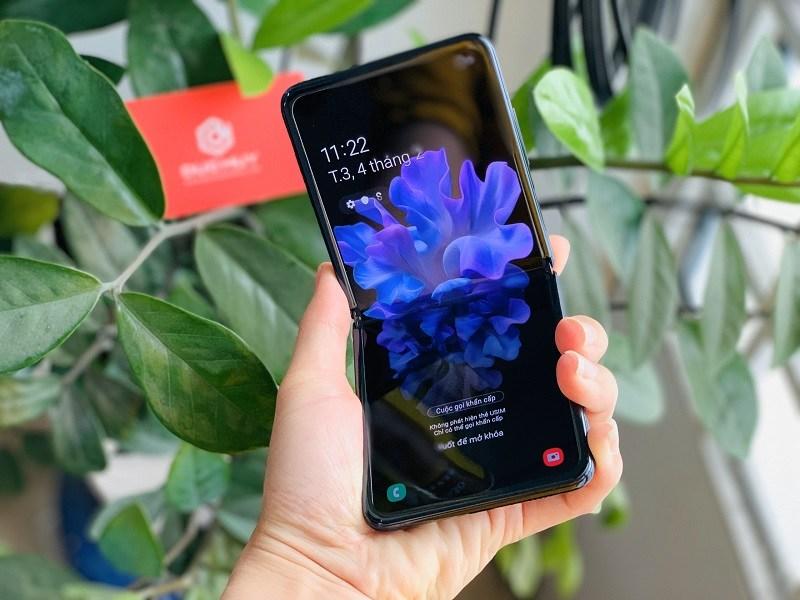 Hiệu năng Samsung Galaxy Z Flip