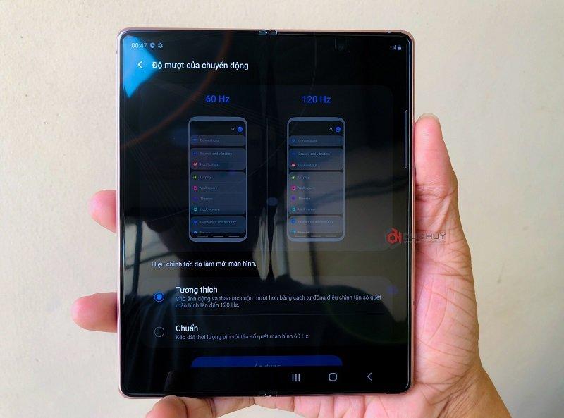 đánh giá galaxy z fold 2 màn hình