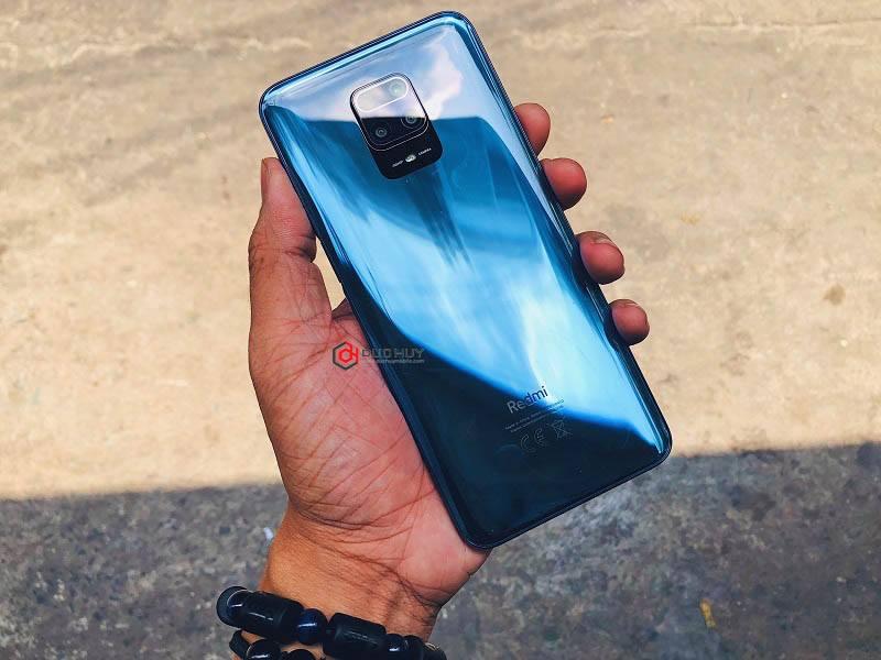 Xiaomi Redmi Note 9S có ngoại hình bóng bẩy