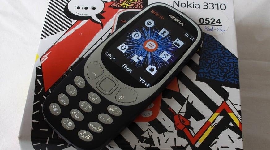 nokia-3310-hinh-slide-man-hinh