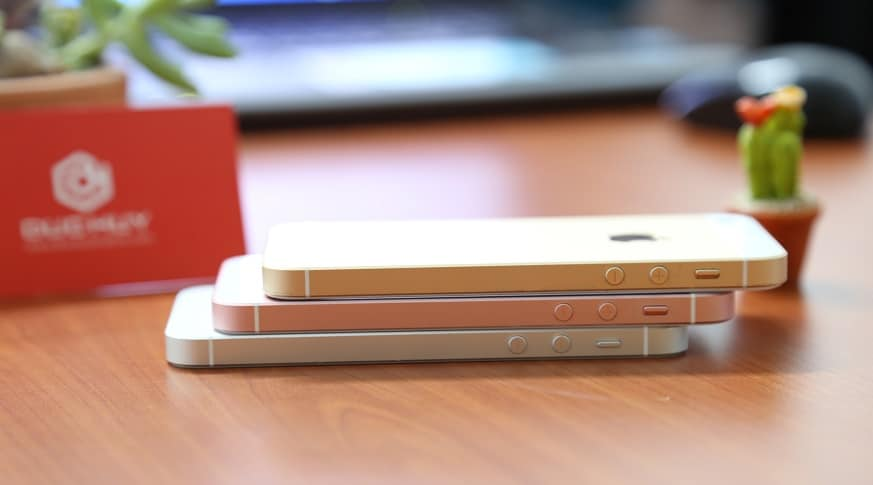 iphone-se-slide-canh