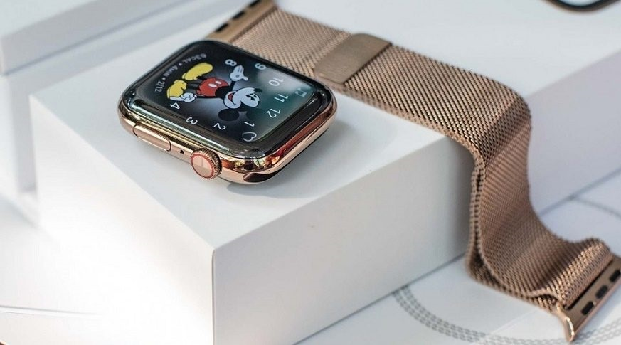 apple-watch-series-4-lte-44mm-day-thep