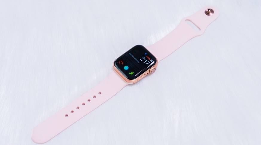 apple-watch-series-4-gps-40mm-slider-may_v70v-oi_prf2-f2_e5us-s4_j4sh-0f_bxdq-pj