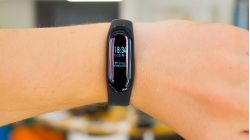xiaomi-mi-band-4-hinh-thumb