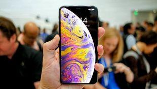 so-sanh-iphone-xs-max-va-samsung-galaxy-note-9-hinh-thumb